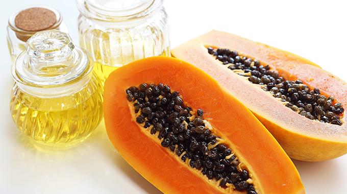 Un remède tropical: l'huile de graines de papaye – effets, utilisation, avis