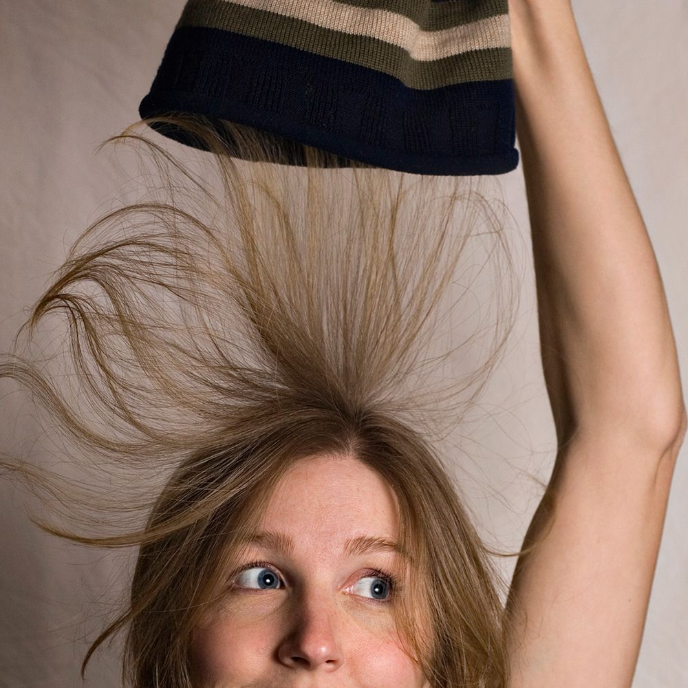 Les Remèdes les Plus Efficaces pour Lutter contre les Cheveux Electriques